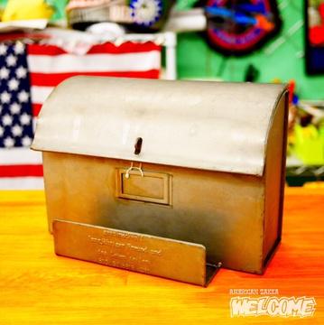 ゲシュマック メタル メールボックス イメージ1
