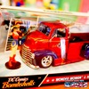 1:24 DC COMICS BOMBSHELLS 1952 CHEVY COE PICKUP & WONDERWOMAN ミニカー イメージ2